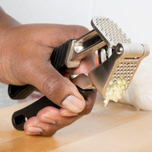 Self-Cleaning Garlic Press Tool