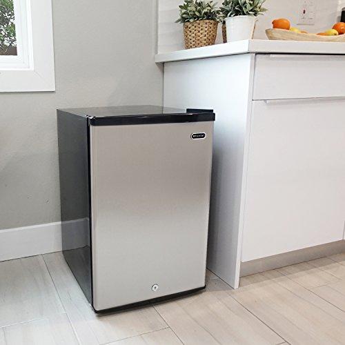 Whynter CUF-210SS Best Mini Freezers